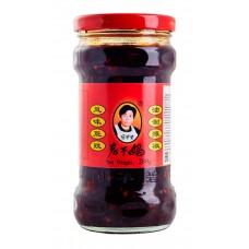 Соус из черных соевых бобов «Lao Gan Ma»
